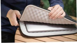 Tại sao bạn nên mua túi chống sốc cho laptop